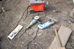 Инструменты для изготовления буровой установки